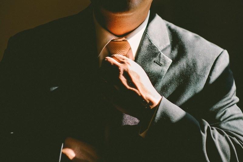 come-vestirsi-per-un-meeting-di-lavoro